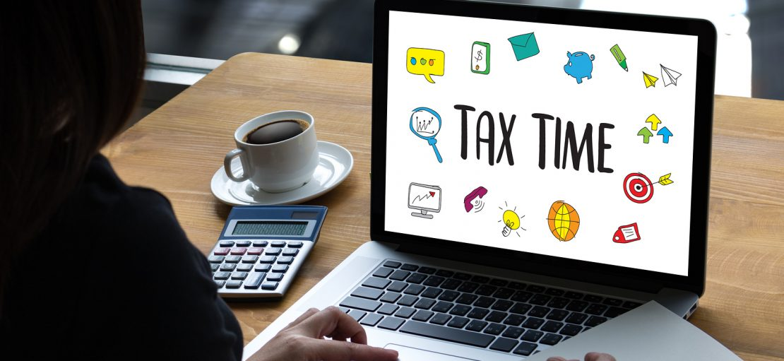 self assessment paper return deadline You must send your tax return by the deadline or you'll get a penalty the main tax return (sa100) there are 2 ways to do a self assessment tax return you can:  self-employment .